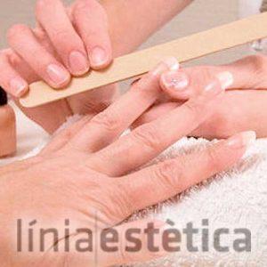 manicura-pedicura-esmaltado